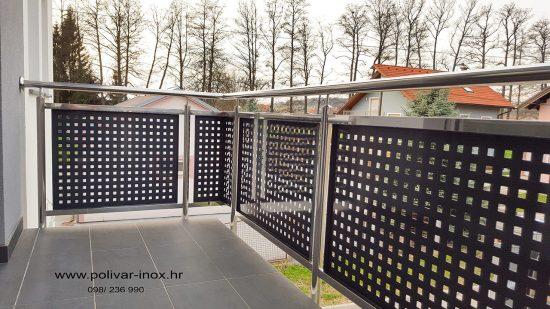 Inox balkon sa inox kvadratnim okvirima i plastificiranim perforiranim limom